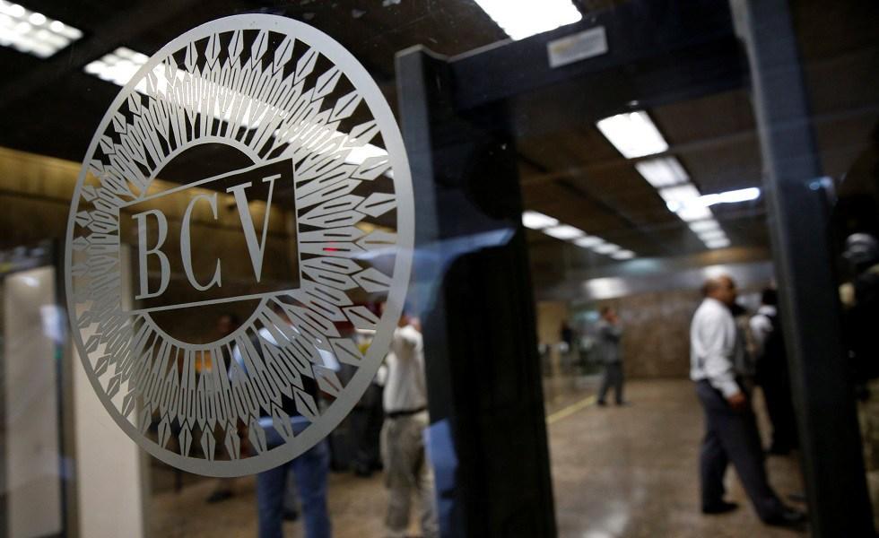 El régimen de Maduro sacó otras ocho toneladas de oro del BCV, denunció el parlamentario Ángel Alvarado