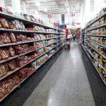 Maduro flexibiliza controles forzado por la crisis y aparenta aplicar medidas pro mercado