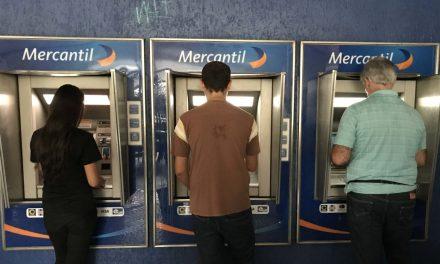 Las cifras que confirman la caótica disminución de cajeros automáticos en el país