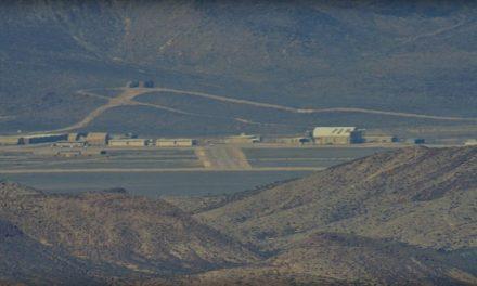La arriesgada iniciativa para tomar por asalto la base militar Área 51