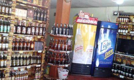 En riesgo licorerías y centros hípicos: nuevos impuestos amenazan a comerciantes