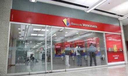 La titánica tarea de abrir una cuenta corriente en la banca venezolana