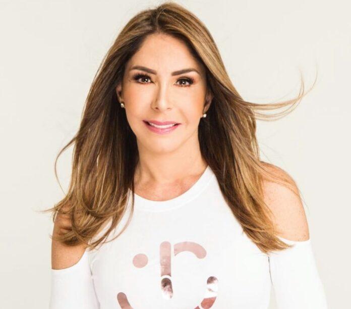 Viviana Gibelli le echa sus piropos a Gilberto Correa