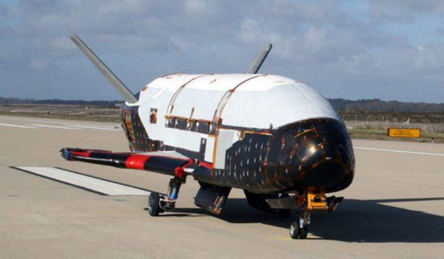El avión X-37B rompe su propio récord de vuelo orbital