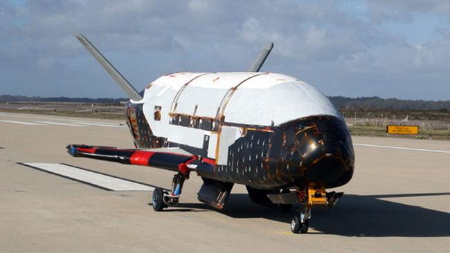 El avión X-37B: Rompe récord de 717 días en vuelo orbital