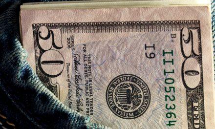 Dólar paralelo pasa frontera de Bs.16.000 y el oficial abre en Bs.14.853,54 este lunes