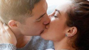 Los besos y sus increíbles beneficios para la salud