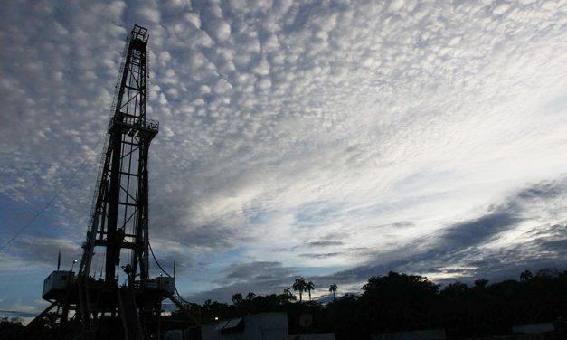 Pdvsa suspendió producción de 210.000 barriles diarios en Petropiar