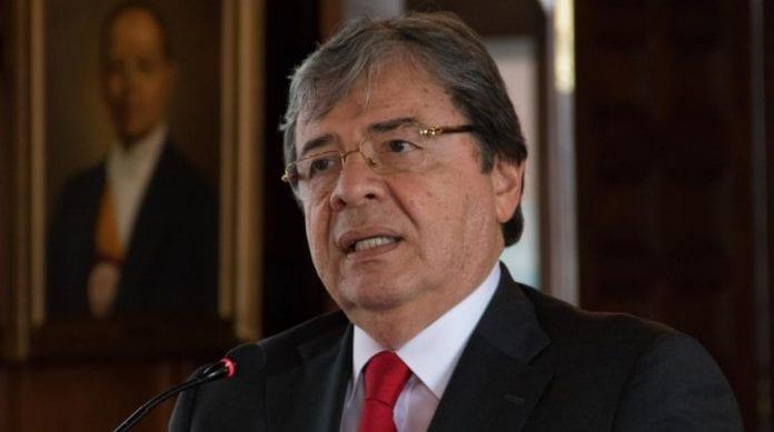 """""""Colombia nunca ha planteado una intervención militar en Venezuela"""""""