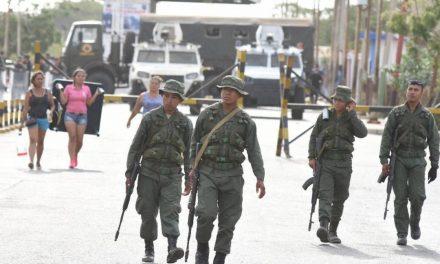 Pretenden distraer: régimen despliega Ejército Nacional en Paraguachón