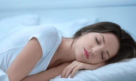 Practica dormir una siesta y mantén sano tu corazón
