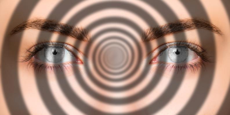 La hipnosis: Una aliada efectiva contra el dolor