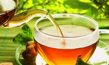 Investigaciones determinan que el beber té hace al cerebro más eficiente