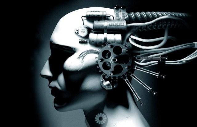 Transhumanismo: La gente que llega a extremos para implantar tecnologías en su cuerpo