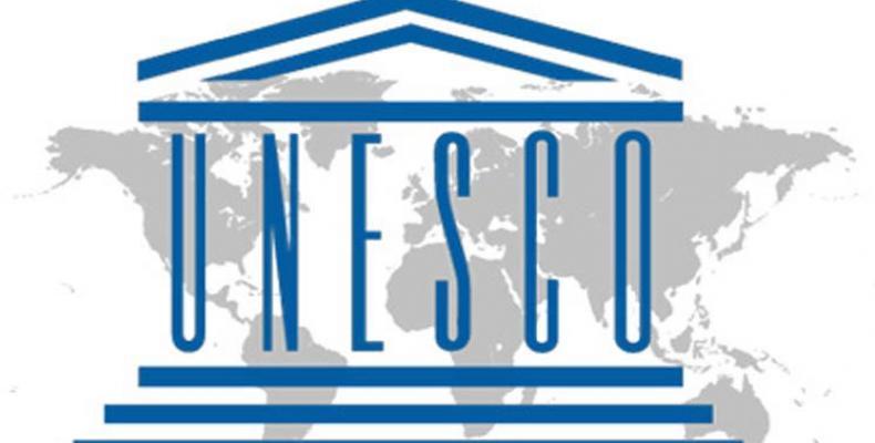 El 16 de noviembre de 1945 en Londres, se crea la UNESCO