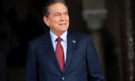 Panamá estudia pedir compensación a EEUU por invasión