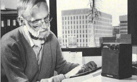 Dennis Klatt, el hombre que le dio su voz a Stephen Hawking