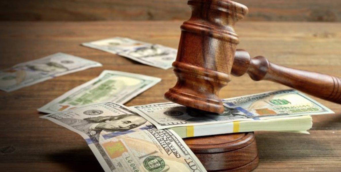 Legalidad y dólares en condominios