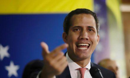 Diputado Luis Parra se autoproclamó presidente de la Asamblea Nacional