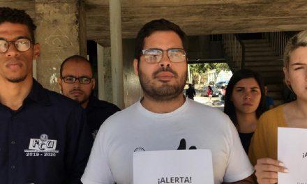 Estudiantes de la UCV protestaron en el TSJ rechazando sentencia 0324