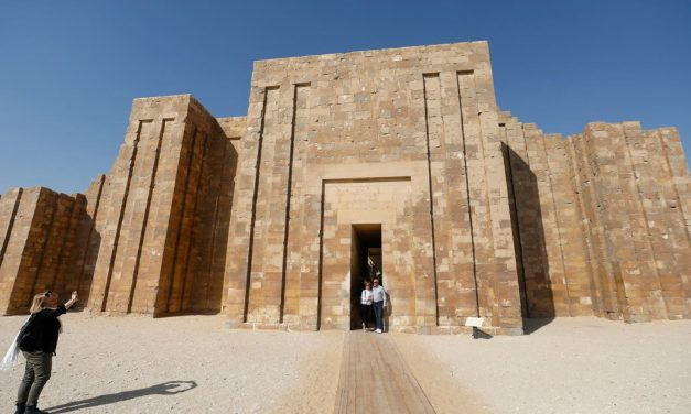 La más antigua pirámide egipcia es reabierta tras años de restauración