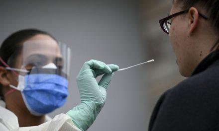 EEUU aprueba test de coronavirus que ofrece resultados en menos de 15 minutos