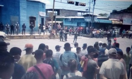 Hambre y malos servicios revelan la pobreza que oculta el régimen en Venezuela con la pandemia