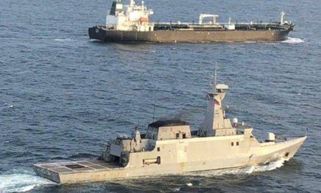 Expertos consideran que llegada de buques iraníes acrecientan tensiones con EEUU