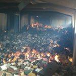 Fuego en la biblioteca escrito por Jesús Peñalver