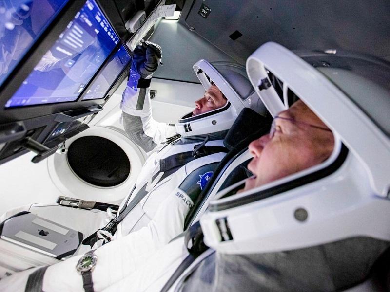 NASA y SpaceX aprueban el retorno de la misión Demo-2 desde la EEI