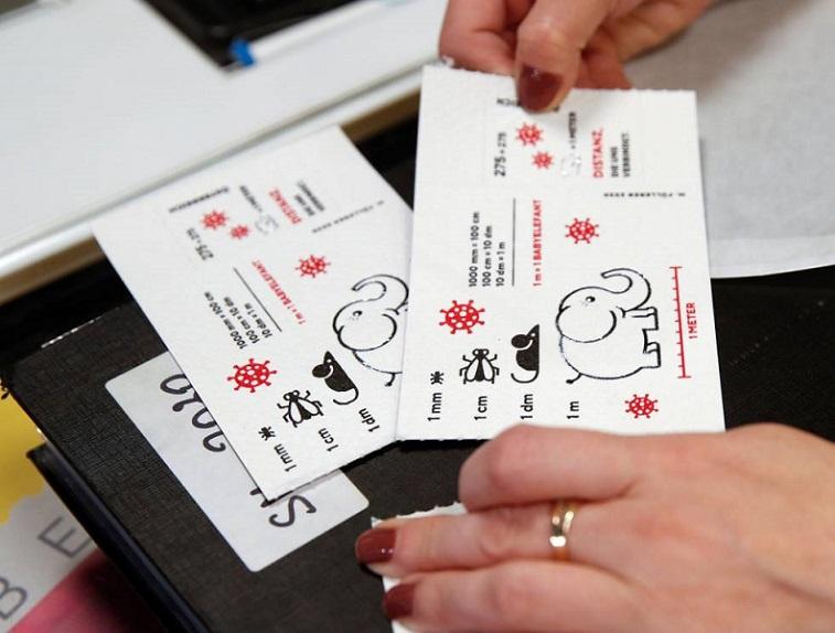 Filatelia: Sellos postales hechos de papel higiénico nos recordarán el 2020