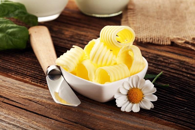¿Sabes de qué está hecha la margarina, se la untarías a tu pan?