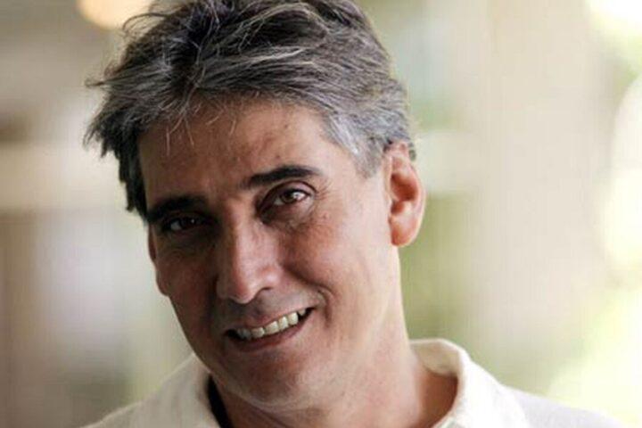 Guillermo Dávila nació el 18 de marzo de 1955