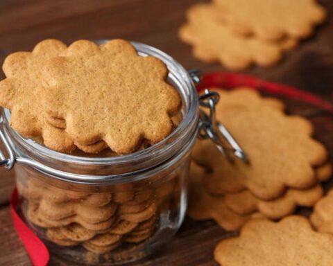 Ideales para merendar: crujientes galletas de miel y jengibre