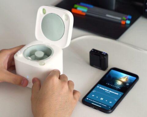 Cardlax EarBuds Washer: la mini lavadora que deja limpio tus auriculares