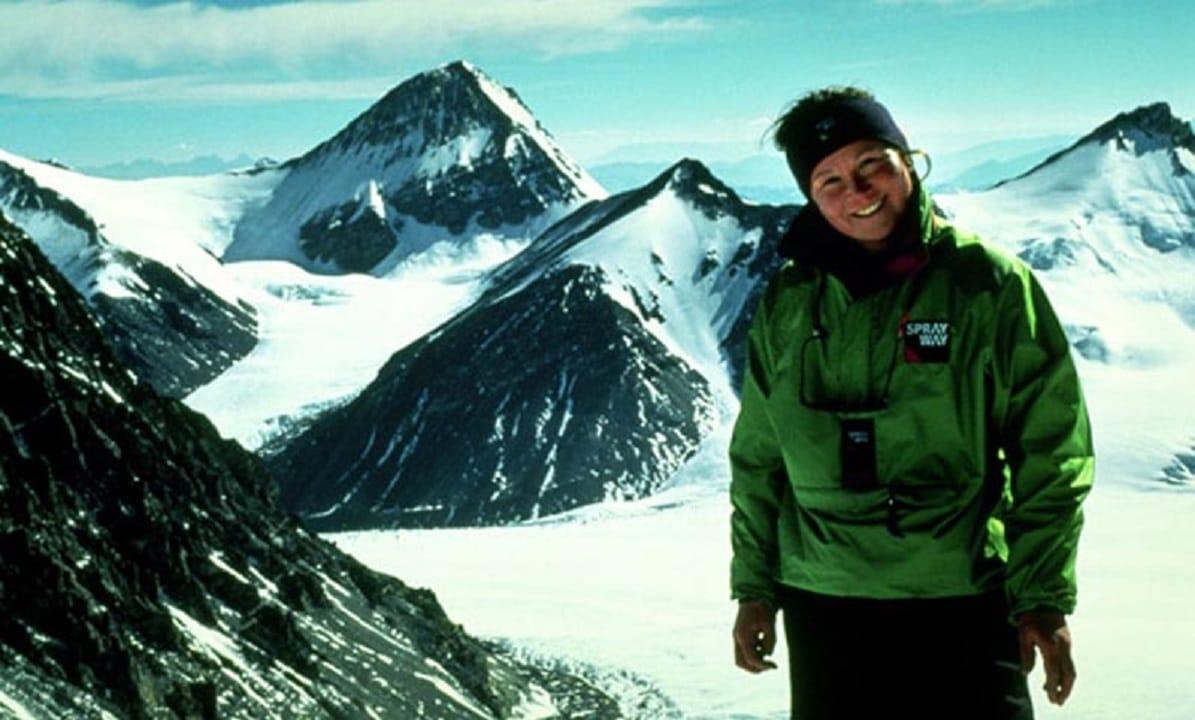 Alison Hargreaves: la prestigiosa montañista británica que murió en el K2