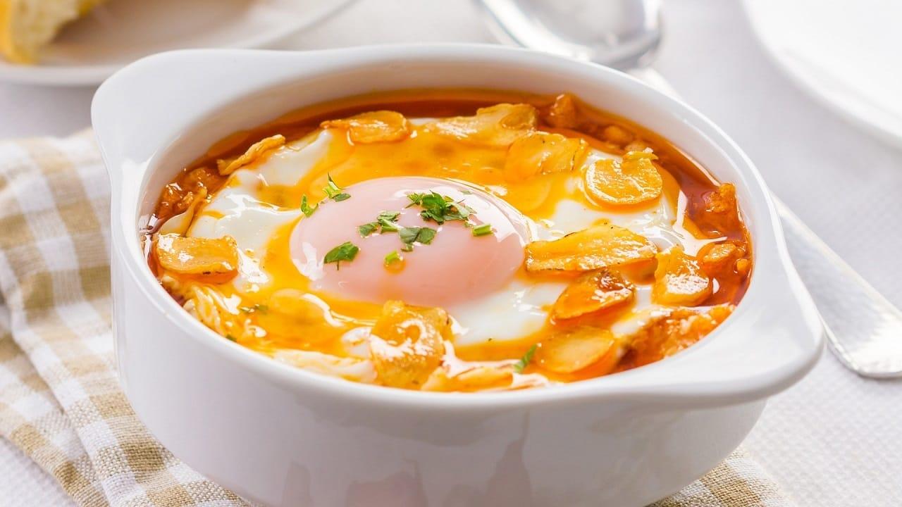 Sopa de ajos: rica receta para un desayuno en familia