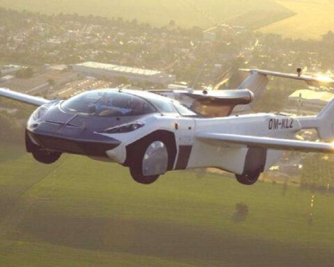 AirCar el auto-avión, cubre 80 kilómetros entre dos aeropuertos