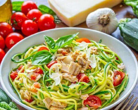 Pasta con calabacín y atún: suculenta receta para un almuerzo saludable